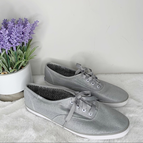 Keds Silver Lace-up Sneakers in Size 9.5